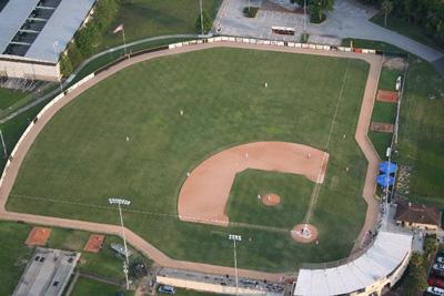 Pat-Thomas-Stadium